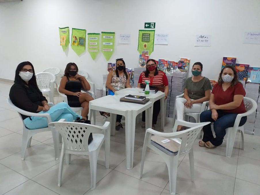 COMISSÃO ESPECIAL PARA MONITORAMENTO DE AVALIAÇÃO DE TERMO DE COLABORAÇÃO COM AS OSCs REALIZA REUNIÃO NA SME.